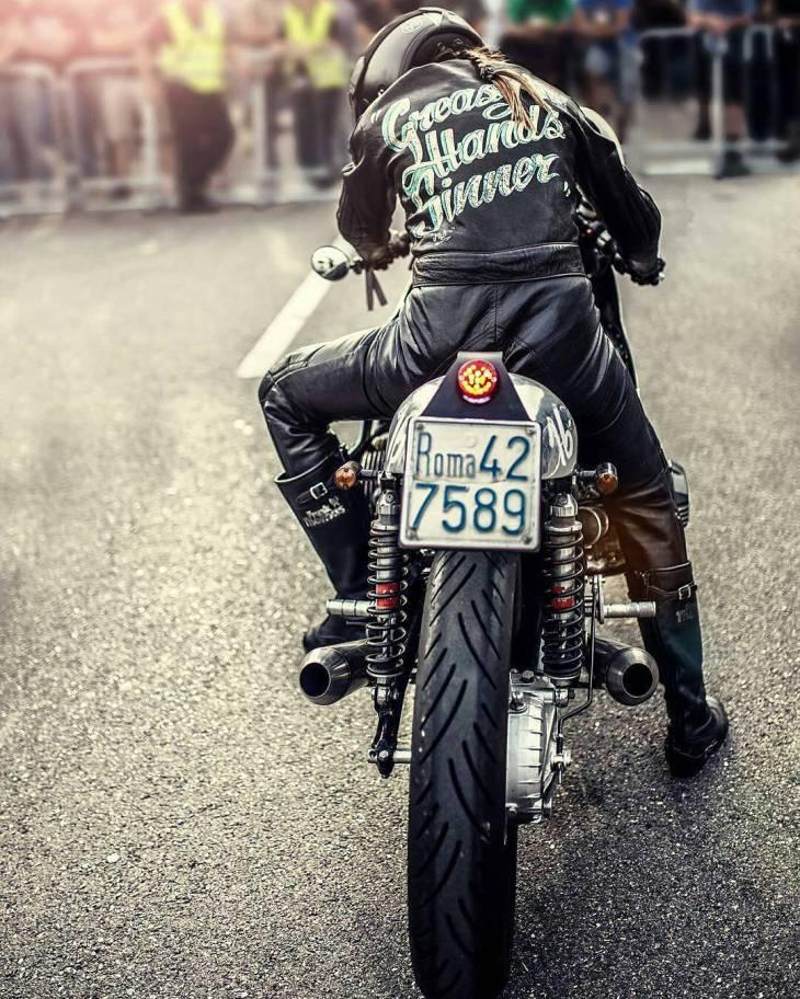 Driver Benedetta Zacherrini at Glemseck101 📷 Simone de Ranieri @de_ranieri_simone . #caferacer #caferacers #caferacerstyle #caferacersculture #caferacerbuilds #vintage #vintagestyle #vintagefashion #motocycle #moto #motos #motorcycles #oldstyle #oldschool #bratstyle #motorbike #motor #helmet #roma