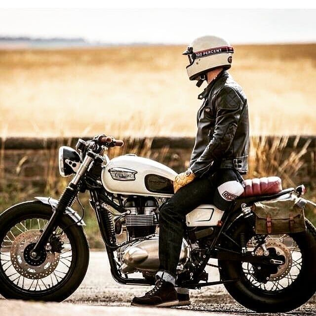 By @cafe_dreamingstyle Good afternoon Triumphers