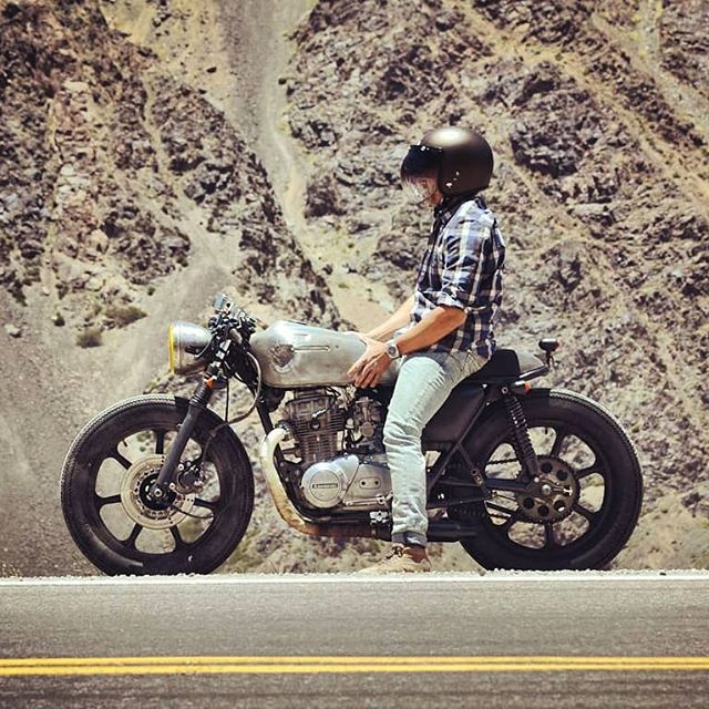 @edugandia on his Kawasaki 440