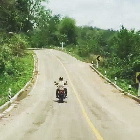 Is it a stick? Maybe a belt? Ohh dont worry … it's just a jumping snake!! 🏍️🐍💨💨 😂