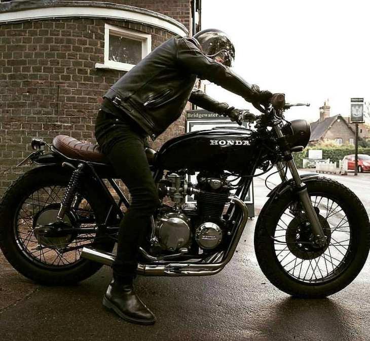 Honda CB550 by @blackhertscustomcycles