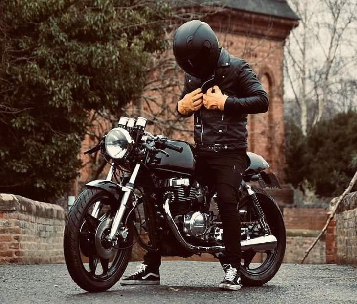 @workhorse92 on his Honda CB 450