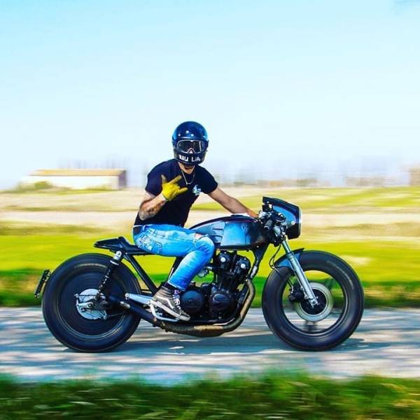 @sir__gcm on his Honda CB750K  @marco_iz5zoa