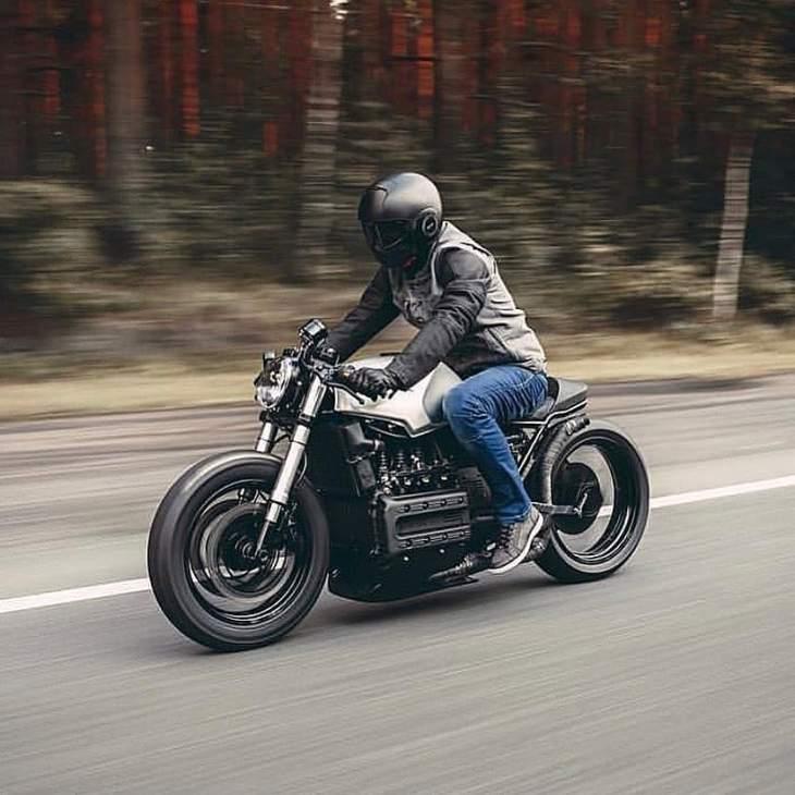@motoizevro on a BMW k100 📸 ᴘʜᴏᴛᴏ: @atwophoto