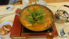 Lunch at Noryangjin Fish Market - Crab soup, January 2011