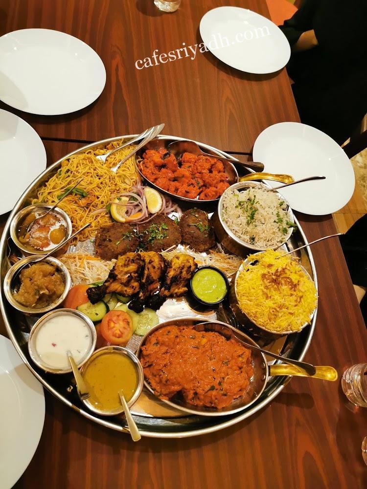 مطاعم شارع الأمير عبدالعزيز بن مساعد بن جلوي
