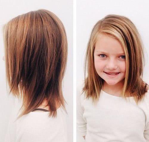 La moda noventera volvió desde hace unos tres años y 2021 lo refuerza con estilos y cortes de pelo también para niñas. Cortes De Cabello Para Ninas 2021 2022 Tendencias Modernas