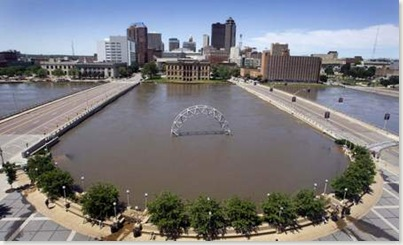 Embassy Suites view - east side of river (Source - Des Moines Register)