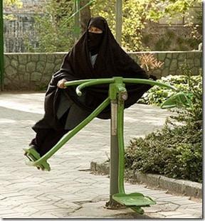 woman-wearing-burqa-in-iran