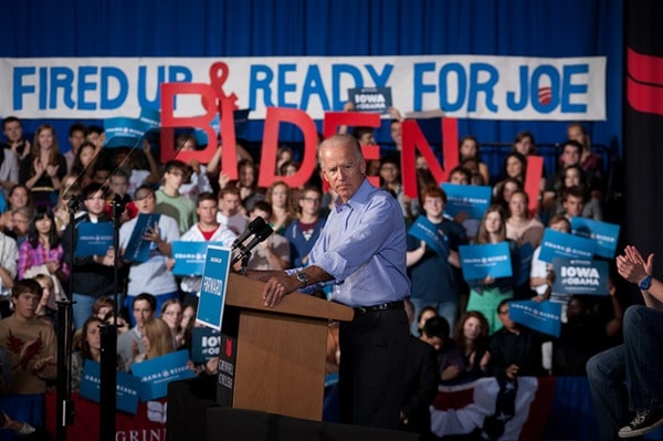 joe-biden-grinnell-iowa