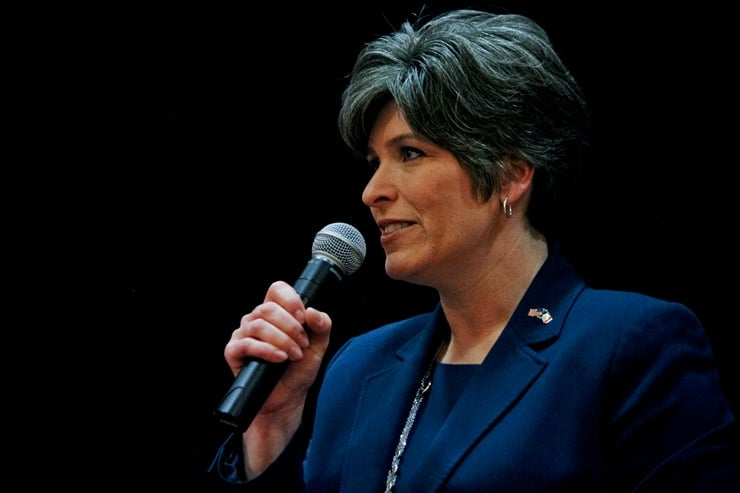 Joni Ernst at Homeschool Day at the Capitol
