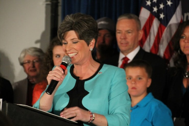 Joni Ernst Primary Night 2014 (247)-L