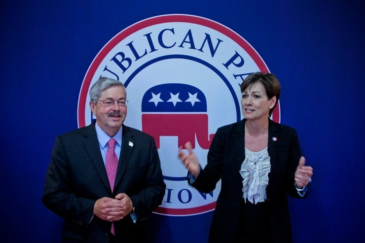 branstad-reynolds-rpi-headquarters_thumb.jpg