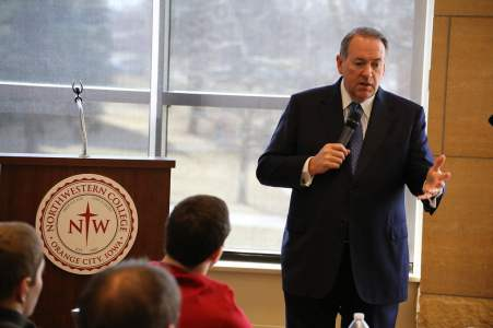 Mike Huckabee speaking at Northwestern College in Orange City, IA<br>Photo credit: Dave Davidson - Prezography.com
