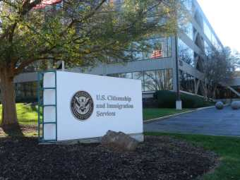 U.S._Citizenship_and_Immigration_Service