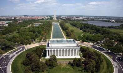 1200px-Aerial_view_of_the_Lincoln_Memorial