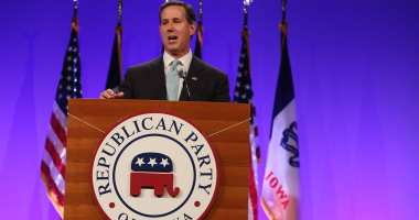 Former U.S. Senator Rick Santorum at the Iowa GOP Lincoln Dinner. Photo credit: Dave Davidson (Prezography.com)