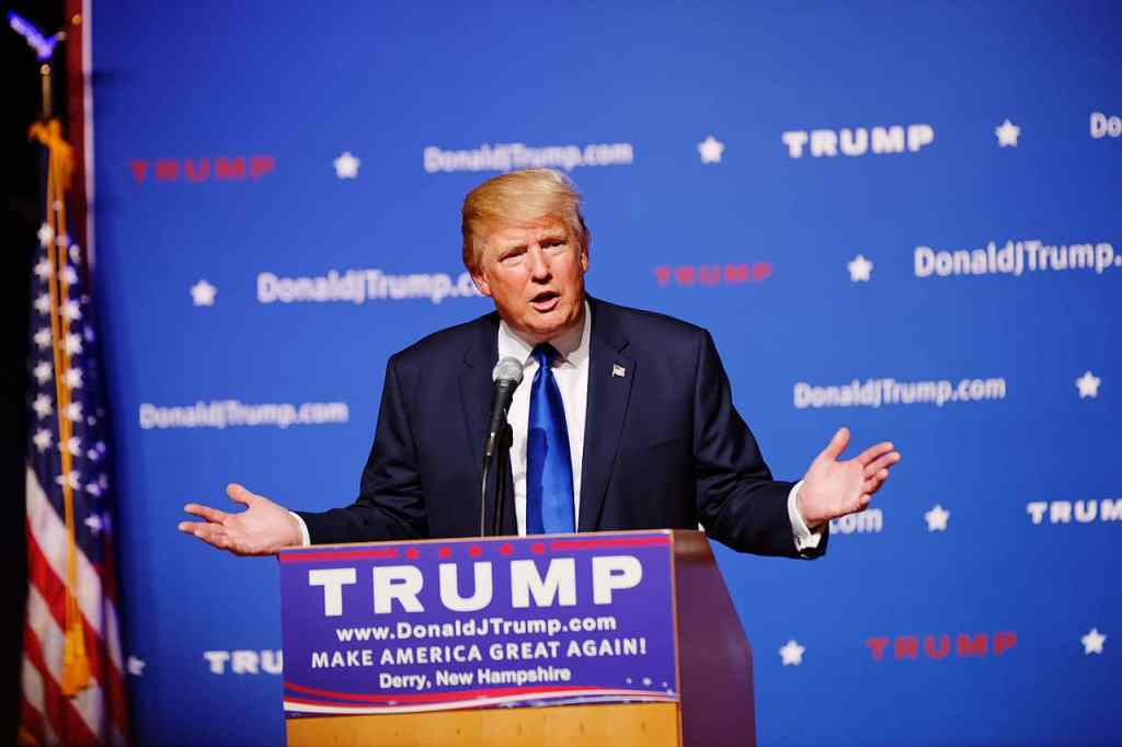 Donald Trump at a town hall in Derry, NH 0n 8/19/15. Photo credit: Michael Vadon (CC-By-SA 4.0)