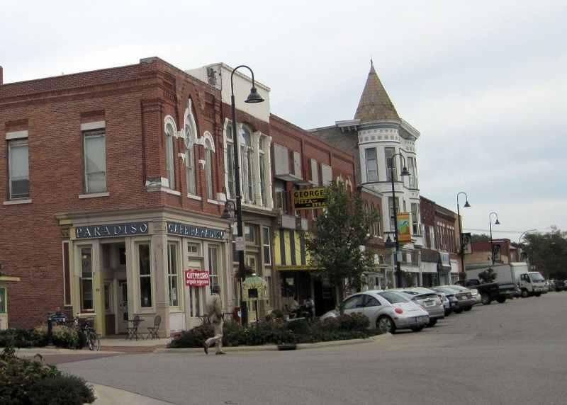 Fairfield, Iowa - Photo credit Bill Whittaker (CC-By-SA 3.0)