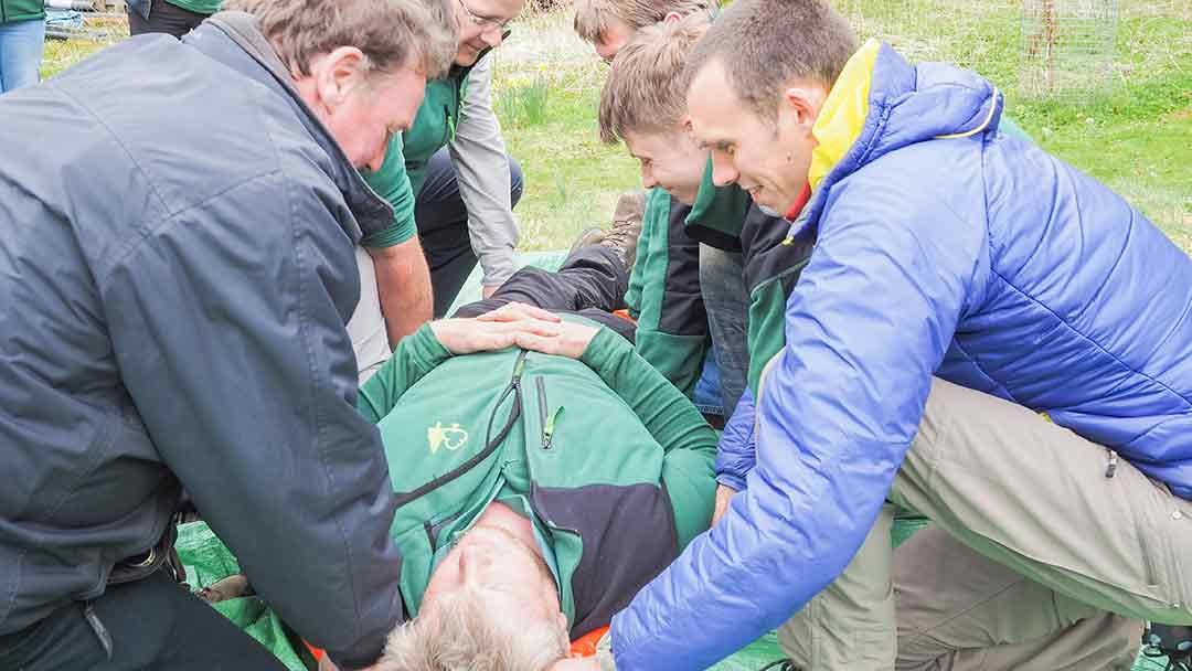 Emergency First aid at work +forestry EFAW+F