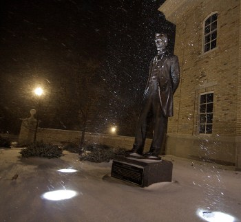 Lincoln - Braving the Winter Storm