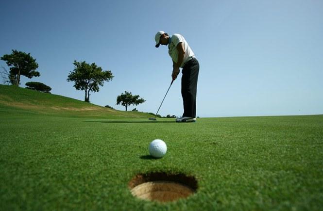 cara bermain golf