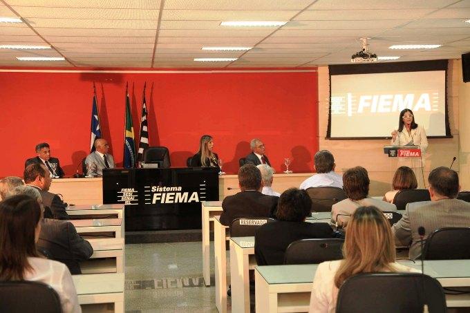 Foto 1 Governadora na FIEMA foto Geraldo Furtado
