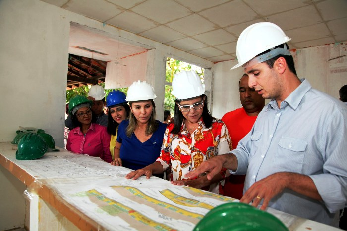 Foto 1 Governadora vistoria obras no Solar do Outono foto Antônio Martins - Cópia