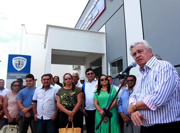Foto 1 inauguração delegacia em Viana foto Handson Chagas