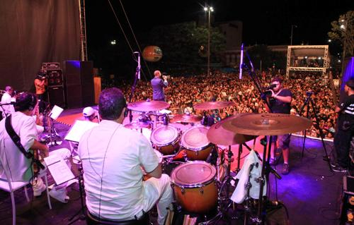 Foto 6 carnaval segunda-feira foto Handson Chagas