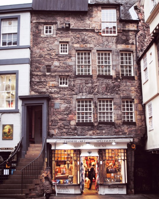 Edinburgh is more than just castles, pubs, and city life. Read on to discover 8 Unique Reasons to Visit Edinburgh!