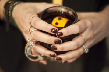 Sips and Tips: Mulled Wine and a Dotted Manicure: http://www.stylebistro.com/Nails/articles/6j1o5uhP6xm/Sips+Tips+Mulled+Wine+Dotted+Manicure