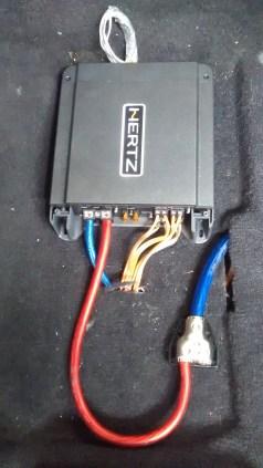 AMPLIFICADORES HERTZ, MONTAJES EN FIBRA DE VIDRIO, Bandejas de sonido en fibra de vidrio, Cajas Acústicas tipo Turbo, Caja de sonido para automóviles, Radios de Usb, Mp3, Pantalla Dvd, Aux, Cabeceros de Monitor, Espejos de Retrovisor con pantalla, Alarmas Con GPS tracker, Bloqueo electrónico de encendido de motor.