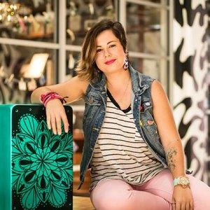 Kati-Fernandes-percusionista-cajones-al-andalus-