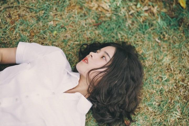 Happiness Chronicles: 5 Simple Ways to Feel Joyful Every Day