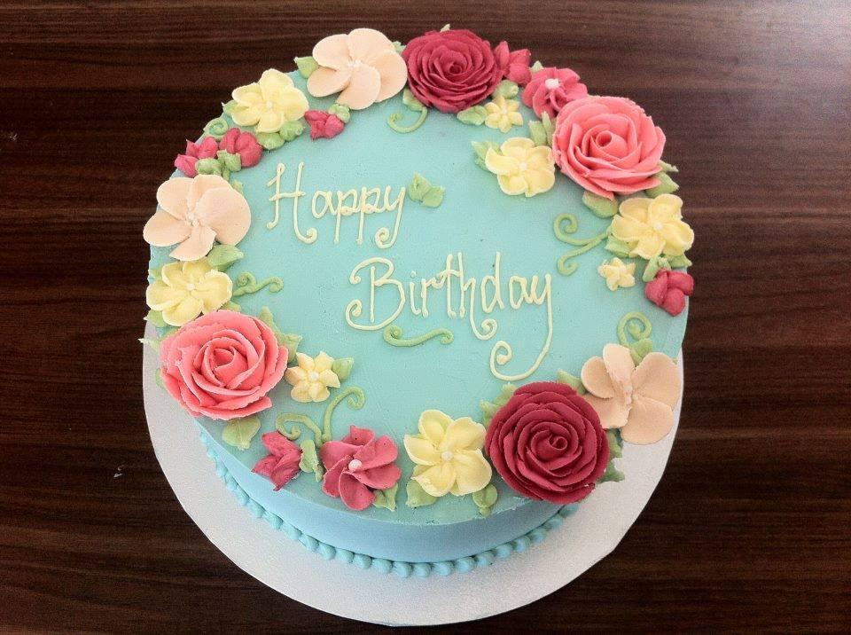Buttercream Flower Wreath Cakes - Cake Style