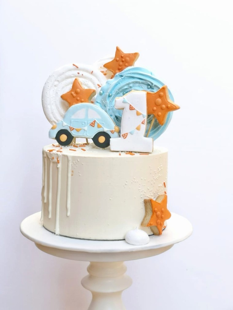 Kiddies and Adult Birthday Cakes  #cakes and other stuff