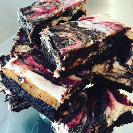 Gluten free Raspberry swirl cheesecake brownies