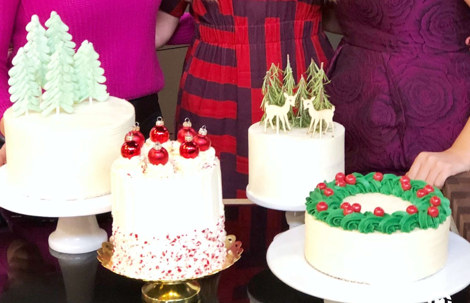 Simple And Cute Christmas Cake Decorating Ideas