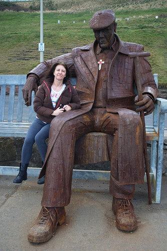 Ray Lonsdale Sculpture On Scarborough Seafront Cake Cake