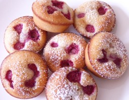 Raspberry and almond friands