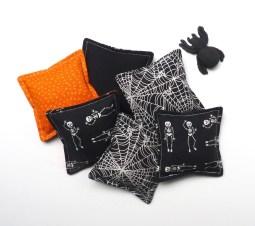Spooky halloween hand warmers
