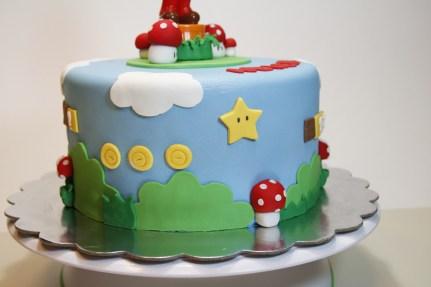 Super Mario Cake