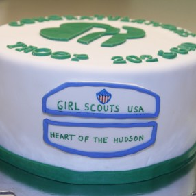 girl-scouts-cake