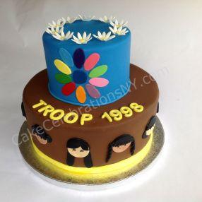 girl scouts bridging cake