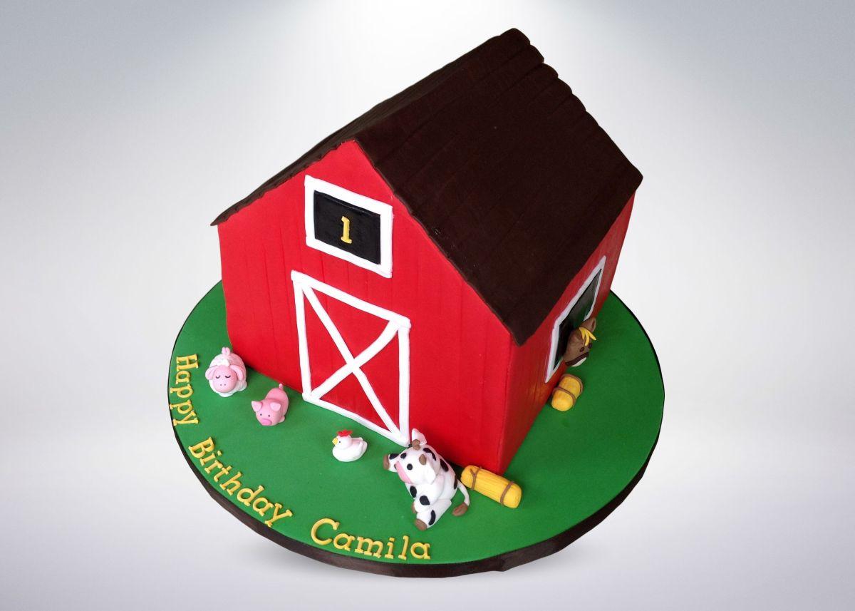 red-barn-cake-4