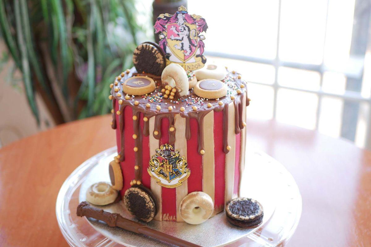 Drip Cake Harry Potter