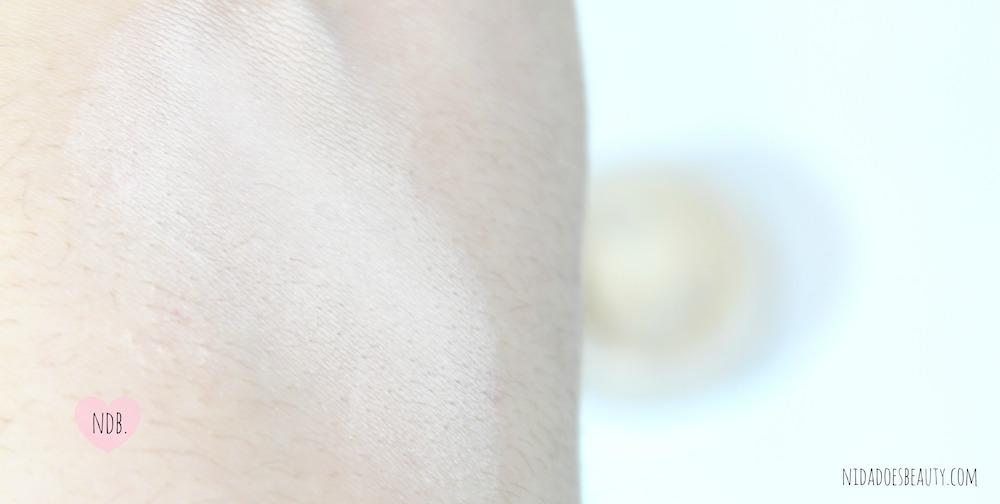 A swatch of the Bare Minerals Well Rested Concealer