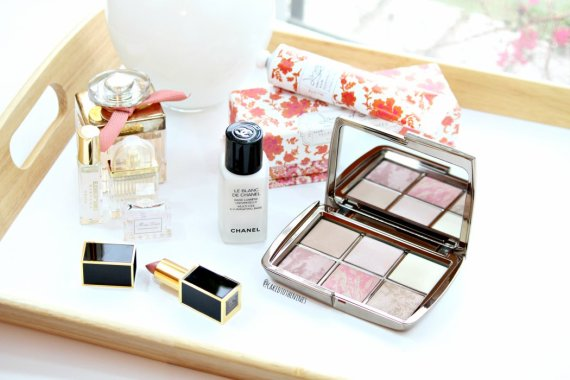 Hourglass Ambient Lighting Edit Palette Review