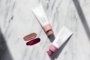The Glossier Cloud Paint Review and Swatches